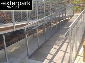 חיפוי גשר בדק סינטטי גוון איפאה מתחם 7 טחנות